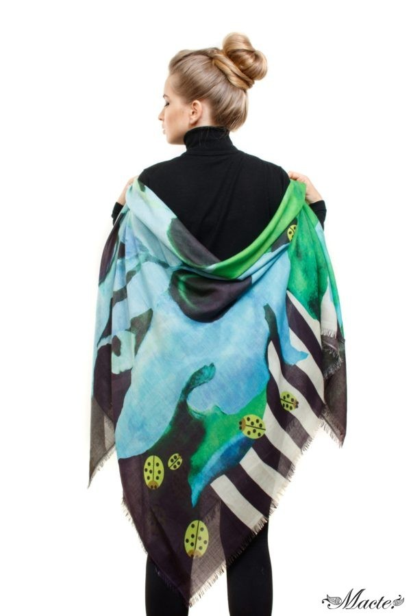 Blue Cashmere Silk Shawl Flowers and Ladybirds Macte View 4