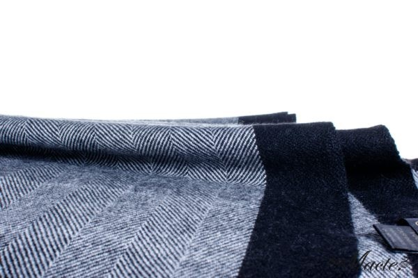 Black Cashmere Herringbone Scarf Esenia Macte View 3